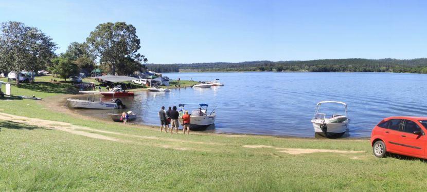 Lets Go Camping: LakeTinaroo