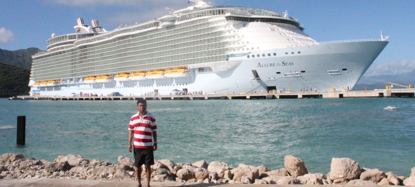"Cruising the Caribbean Islands on ""Allure of the Seas"""